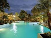 Waikiki Beach Marriott Resort & Spa -  Gallery - Swimming Pool