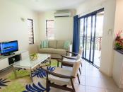 Freestyle Resort Port Douglas - Gallery - Apartment Living Space